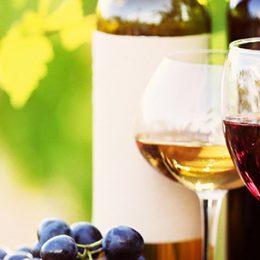 Wijnkistjes en wijnen