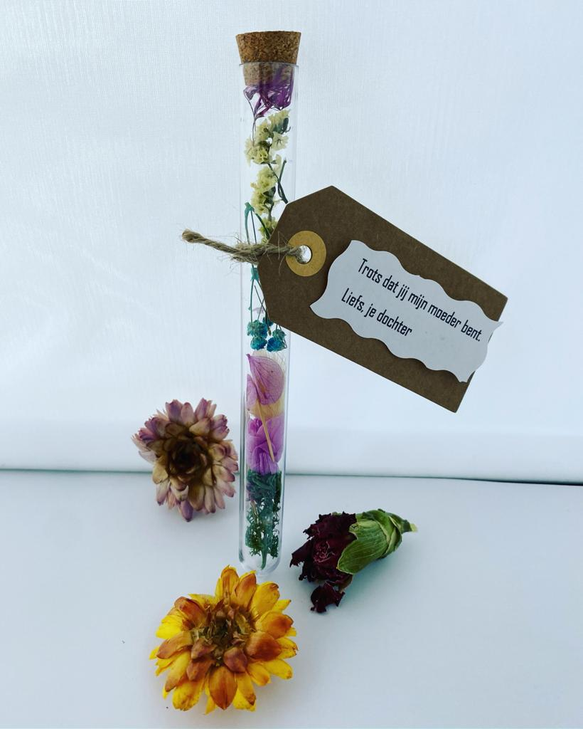 Gift tube flower